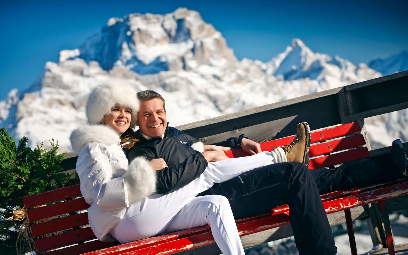 cortina luxury romance